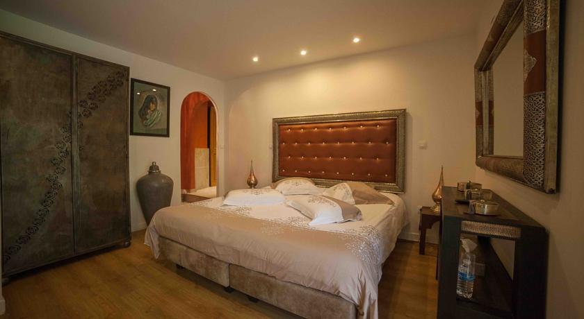 La Chambre D 39 H Tes Spa Room Pierry Proche D 39 Epernay